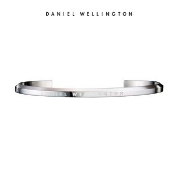 ダニエル・ウェリントンのブレスレットDW腕時計は男女の銀色の開口ブレスレットのサイズがシンプルです。DW 004002です。
